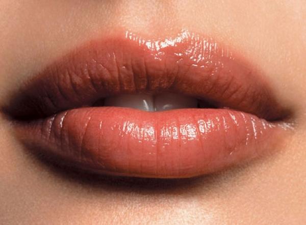 250 € Aumento de labios totalmente natural. en TodoEstetica.com