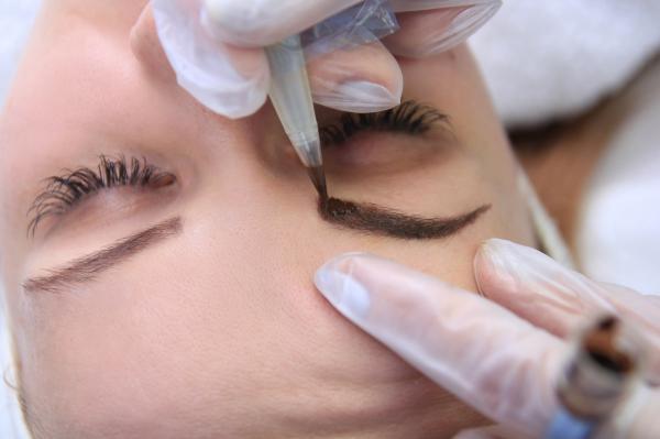 Micropigmentación médica Capilar - Cejas - Labios - Linea del ojo - Areola Mamaria - Vitíligo - Cicatrices - Desde 250€