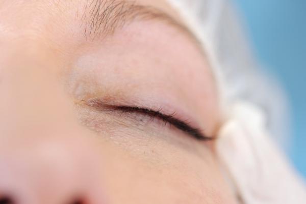 Micropigmetacion eye liner  190€ por solo 120€ promoción hasta 21 abril en TodoEstetica.com