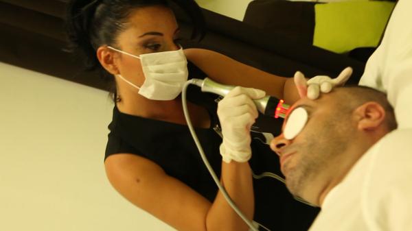 5 sesiones radiofrecuencia facial + tratamiento de seguimiento incluido 175€ en lugar de 250€