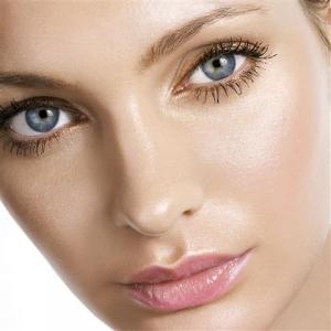 Rejuvenece tu rostro y tu mirada con la Blefaroplastia en TodoEstetica.com