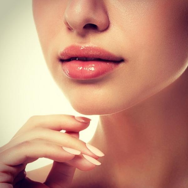 Aumento de labios con Ácido Hialuronico por 275€ en Toledo