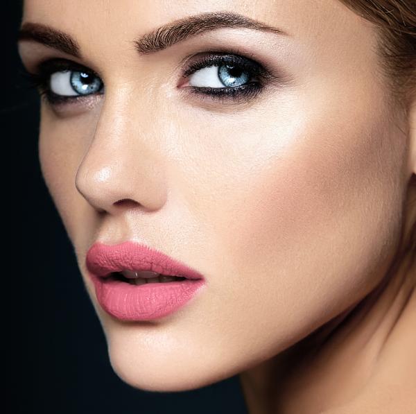 !Aumento de labios Acido Hialurónico¡