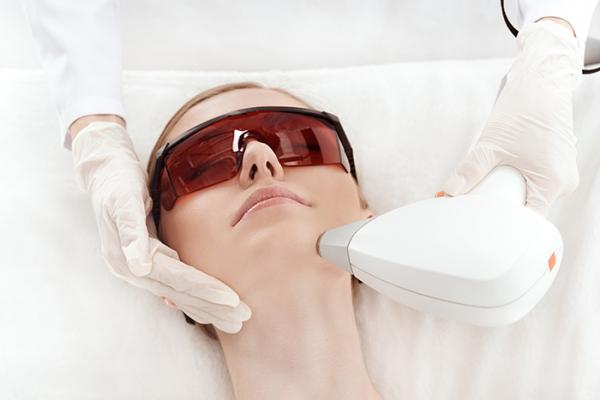 Oferta rejuvenecimiento facial con láser, sin ningún tipo de recuperación