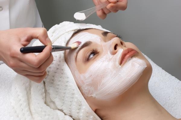 Higiene Facial + Dermoabrasión: 70€