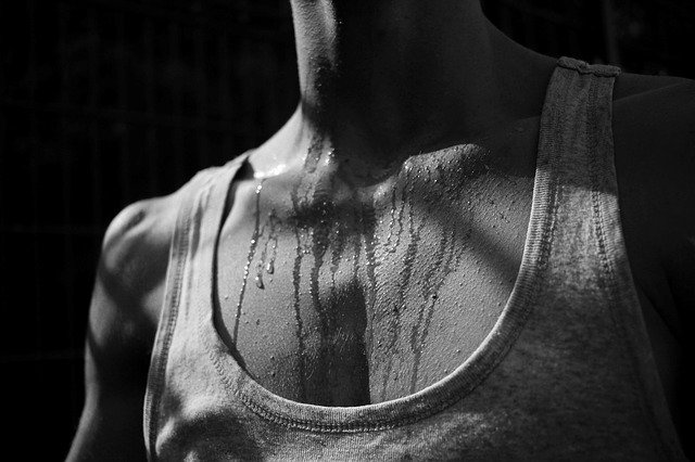 ¿Qué tipos de sudoración excesiva existen y cómo tratarlos?